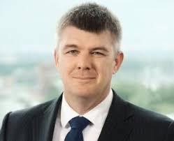 2012. július 1-től Nick Kós személyében új vezérigazgatója lesz a PwC Magyarországnak. Hirdetés. Az ír-magyar származású könyvvizsgáló szakember ... - Nick_Kos_pwc_custom_300x244