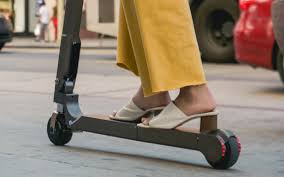 Hyundai Reveals Personal <b>Electric Scooter</b> Capable of 20km Range ...