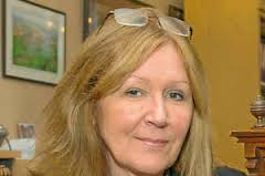 The decision to go with a cash settlement rather than reinstate former Ludlow Town Council clerk Veronica Calderbank was made behind closed doors last week, ... - 32945657.thumb