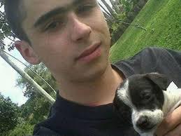 ... fue trasladado al Hospital Manuel Uribe Ángel y rápidamente su caso se ... - joven-muere-defendiendo-vida-perro-medellin