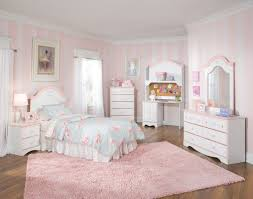 youth bedroom sets girls: soft stripped pink white wall paint colors feats with charming chic kids bedroom sets and rug