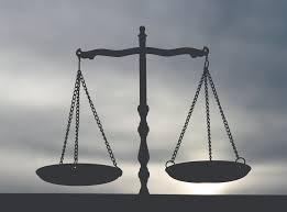 """Résultat de recherche d'images pour """"balance justice cassée"""""""