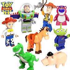 <b>Конструктор LEGO Toy</b> Story 4 10770: Парк аттракционов Базза ...