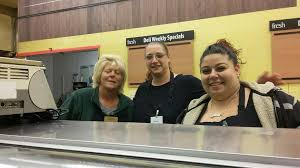 farewell waldbaums longtime employees customers mourn manager xxx deli clerks diana winters and maria elisa