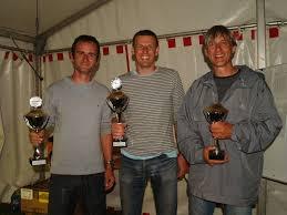 Das Siegerteam vom AC Pirna (v. li.): Thomas Melde (2.), Kai Glatter (Sieger) und Uwe Augustin (3.) - 882_E8020439_800