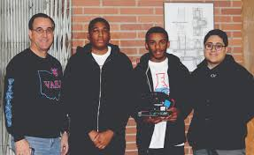 students gain valuable experience and knowledge through science it was an easy yes for senior javari hines who was looking to gain as much exposure and experience in the field of engineering before graduating and