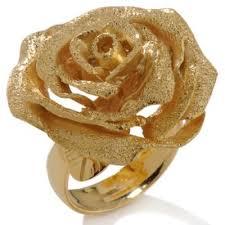 لمن تحب لبس الذهب images?q=tbn:ANd9GcS