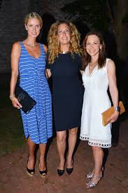new kdhamptons party diary southampton arts center hosts second lise evans nicky hilton rothschild simone levinson bettina zilkha southampton arts center second annual