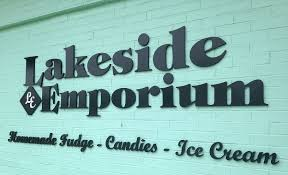 3rd Annual Lakeside Emporium Sweetest Day Parade | Visit ...