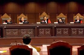 YOUTUBE RSBI DIBUBARKAN DISEKOLAH PEMERINTAH 2013 Alasan Mahkamah Konstitusi Menghapus Rintisan Sekolah Bertaraf Internasional RSBI