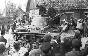 Resultado de imagen para letonia recibe como libertadores a la wehrmacht