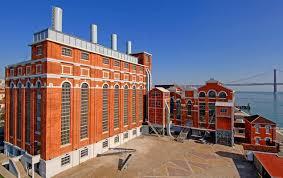 Resultado de imagem para maat museu de arte arquitetura e tecnologia