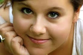 Lara Jones, Death, Murder, Cuba, Strangled, Attack, Lara's Foundation Lara Jones, 26, was strangled to death while visiting Cuba in March last year [LARA'S ... - 29911