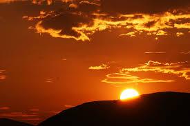 Αποτέλεσμα εικόνας για Αποδέξου ότι κάθε μέρα είναι η καλύτερη σου μέρα, κάθε στιγμή είναι η στιγμή σου
