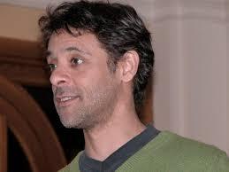 Wikipedia kennt ihn als Siddig El Tahir El Fadil El Siddig El Abderahman El Mohammed Ahmed ... - AlexSiddig