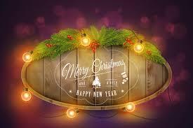 Деревянная рождественская доска с сосновыми ветками ...