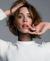 Rebecca Hall At An Le Photoshoot - rebecca-hall-at-an-le-photoshoot_1