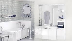 kamar mandi nuansa putih: Pemilihan warna yang tepat untuk desain kamar mandi desain