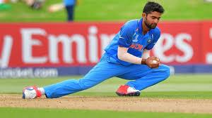 Shiva Singh's <b>360</b>-<b>degree</b> delivery falls foul of umpires