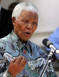 Nelson Mandela in a patterned shirt inspired by oriental design PIC: Reuters - nelson-mandela-patterned-shirt-inspired-by-oriental-design-pic-reuters