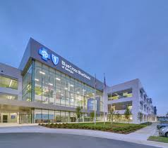 a new office building developed by the molasky group for blue cross and blue shield of bluecross blueshield office building architecture