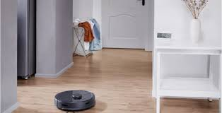 Enjoy fresh-mopped floors daily with the <b>Roborock S5 Max</b>