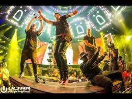 SKRILLEX LIVE @ ULTRA <b>MUSIC FESTIVAL</b> 2015 - YouTube