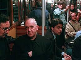 Resultado de imagen para papa francisco CON LOS POBRES
