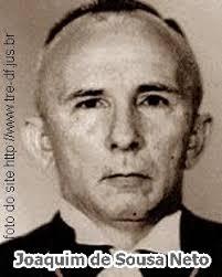 Joaquim de Sousa Neto nasceu no dia 3 de outubro de 1916, em Piracuruca-PI. Filho de Joaquim de Souza e Maria de Madalena de Souza. - content_tre-df-des-joaquim-de-souza-neto
