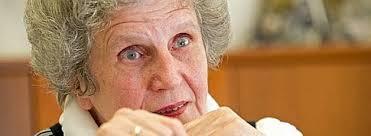 Fast 30 Jahre lang hat <b>Magdalene Sonnenschein</b> als Geschäftsführerin das DRK <b>...</b> - Magdalene-Sonnenschein-wird-verabschiedet-543x199