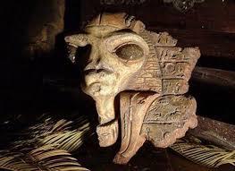 Resultado de imagen de ovnis en la antiguedad medallon egipcio