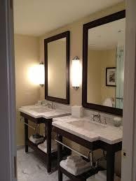 best bathroom lighting options for shaving putting on makeup bathroom makeup lighting
