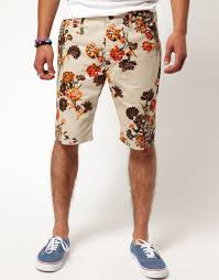 Chino <b>shorts</b> by Mark McNairy. <b>Constructed</b> from a cotton <b>twill</b> ...