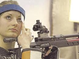 <b>...</b> Ringe gegen ihre Konkurrentin <b>Melanie Seitz</b> im Duell beim SV Römersberg. - 516598137-647148869_344-3b31