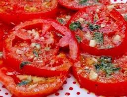 Картинки по запросу Рецепт приготовления помидор с зеленью в сахарном маринаде