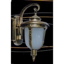 Lanterna Da Parete : Lanterna da esterno in alluminio con braccio bombay parete
