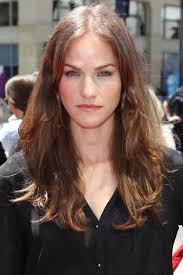 Kelly Overton preparing for busy 2014 - kelly-overton-the-three-stooges-premiere-in-hollywood-th-april-106543326