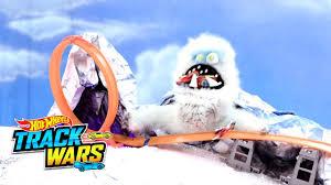 Война <b>трасс Hot Wheels</b>: машинки VS Снежный человек - YouTube
