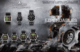 La montre des héros du film Expandable 2 Images?q=tbn:ANd9GcSrFFnDfo4IVWTio4O9rU3xHlRYzoTBFIrdd9WKxYKyoKhbNhlPFQ