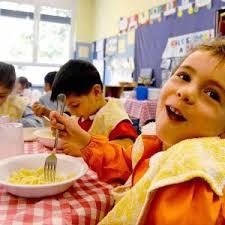 mangiare insieme a scuola