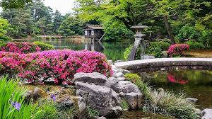 Kanazawa Travel: Kenrokuen Garden - <b>Japan</b> Guide