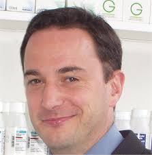Prof Duncan Craig University of Bath, 1981-1984 Bachelor of Pharmacy (Hons) Registered pharmacist since 1985. Postgraduate Studies at School of Pharmacy, ... - Duncan%2520Craig