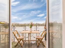 zones bedroom wallpaper: gorgeous river view apartment london zone  hammersmith  bedroom  bathroom