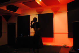 photo essay think u no femdot fourteen east columbia college chicago student and artist shawnee dez opens the second delacreme session