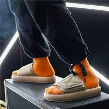 <b>Men Slippers</b> New kanye fashion west <b>Summer Flat Sandals</b> Beach