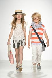 ملابس اطفال منوعة تاخد العقل , مجموعة ملابس اطفال زينة images?q=tbn:ANd9GcSthZaLe6gAF63Fti51DLpdQRWJvGdNpLigUpRlNV52zUgwnpLcIw