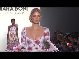 CHIARA BONI La Petite Robe <b>Spring</b> Summer <b>2019 New</b> York ...