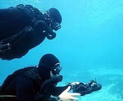 Risultati immagini per incursori della marina militare italiana