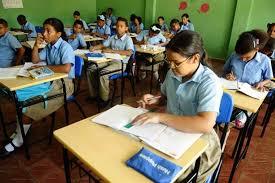 Resultado de imagen para Ministerio de Educación suspende clases provincias serían afectadas por tormenta tropical