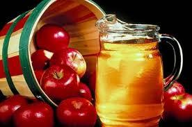 Trái cây ngâm rượu giúp bạn căng da mặt